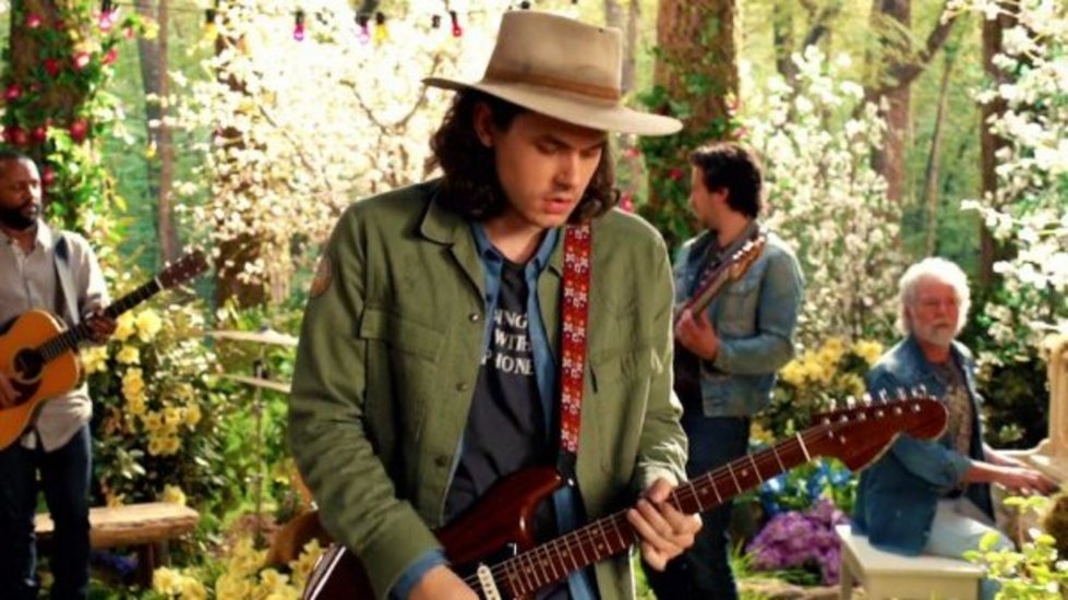 John-Mayer-Video-FI-900-600-600x400.jpg